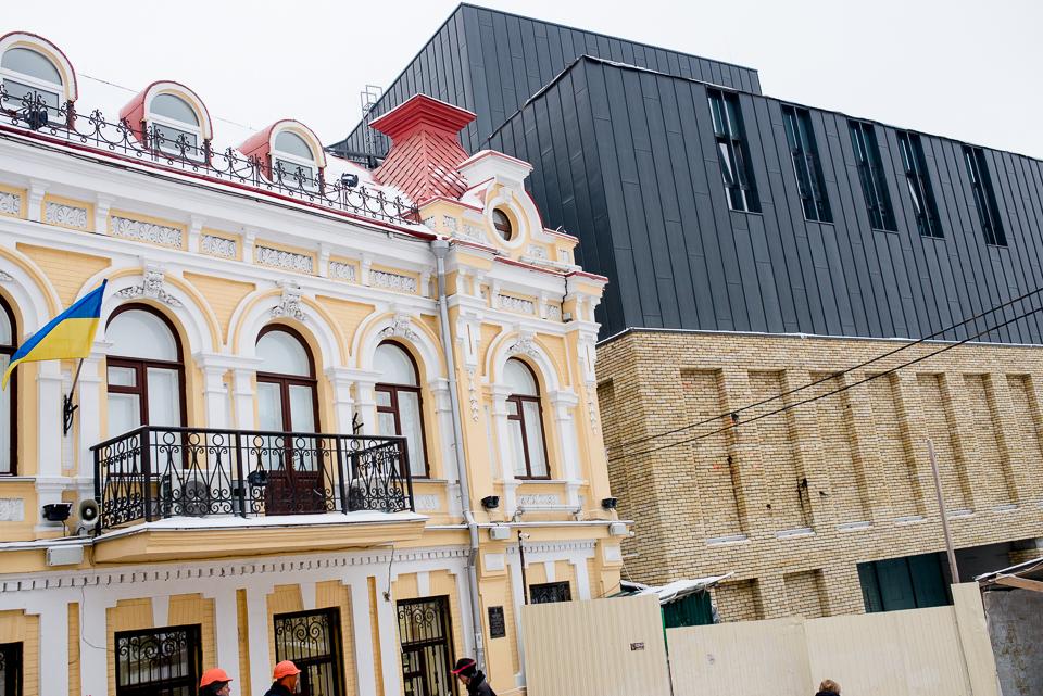 Маленькі театри великого міста: художній керівник Театру на Подолі – про методи боротьби за нову будівлю