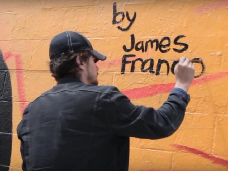 Горе-художник: школа Джеймса Франко позбувається його малюнків