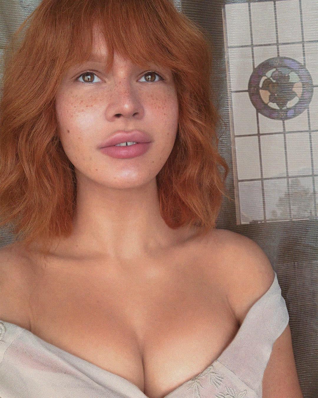 «Антошка, пойдем копать картошку»: певица-трансгендер Зианджа сменила образ и стала похожа на советского мультперсонажа