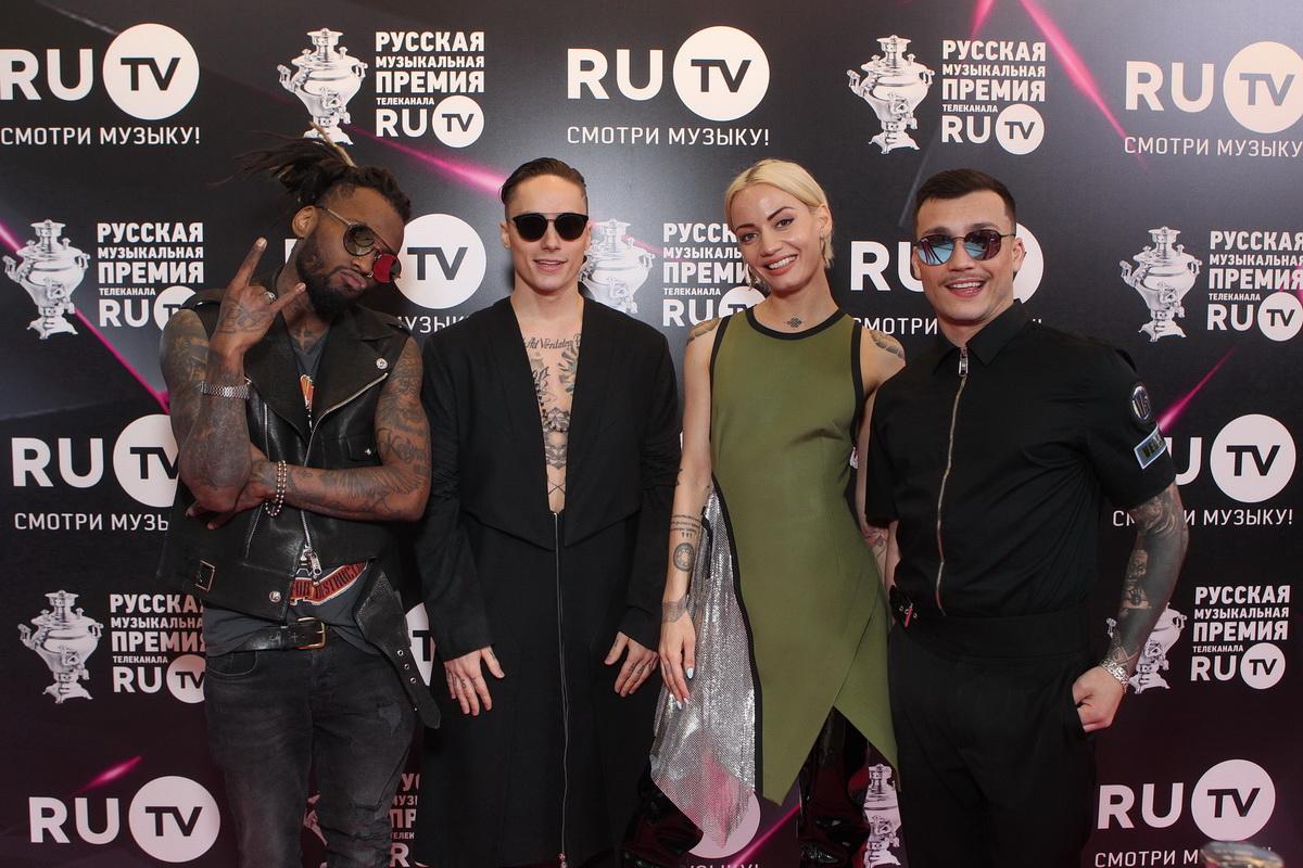 Лобода, «Гриби» та «Время и Стекло»: наші зірки засвітилися на російській музичній премії РУ-ТВ