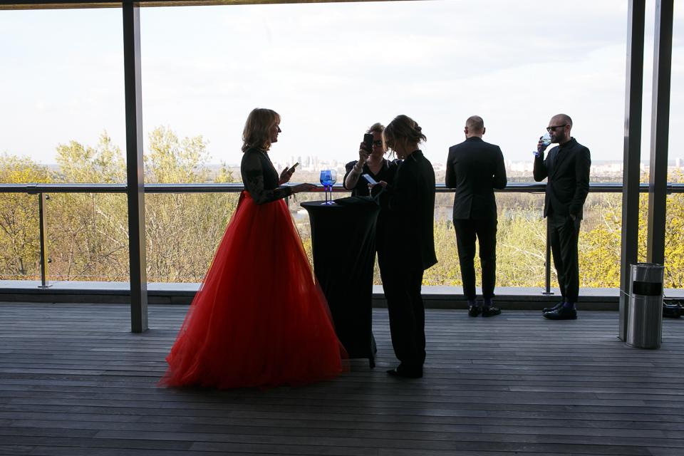 Место встречи изменить нельзя: «Дуся» узнала, как прошла церемония награждения премией «Золота дзиґа»