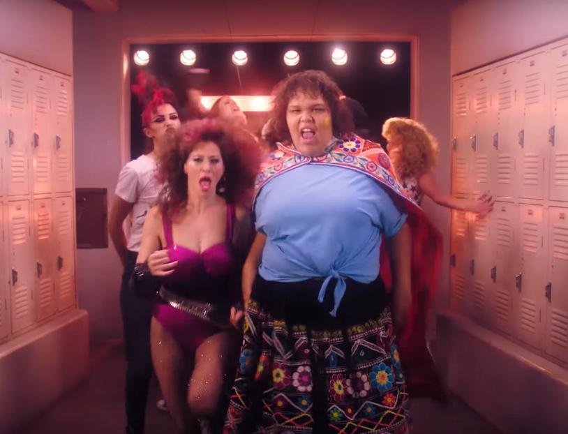 Танцы в раздевалке: Netflix выпустил тизер нового сезона сериала «Блеск»