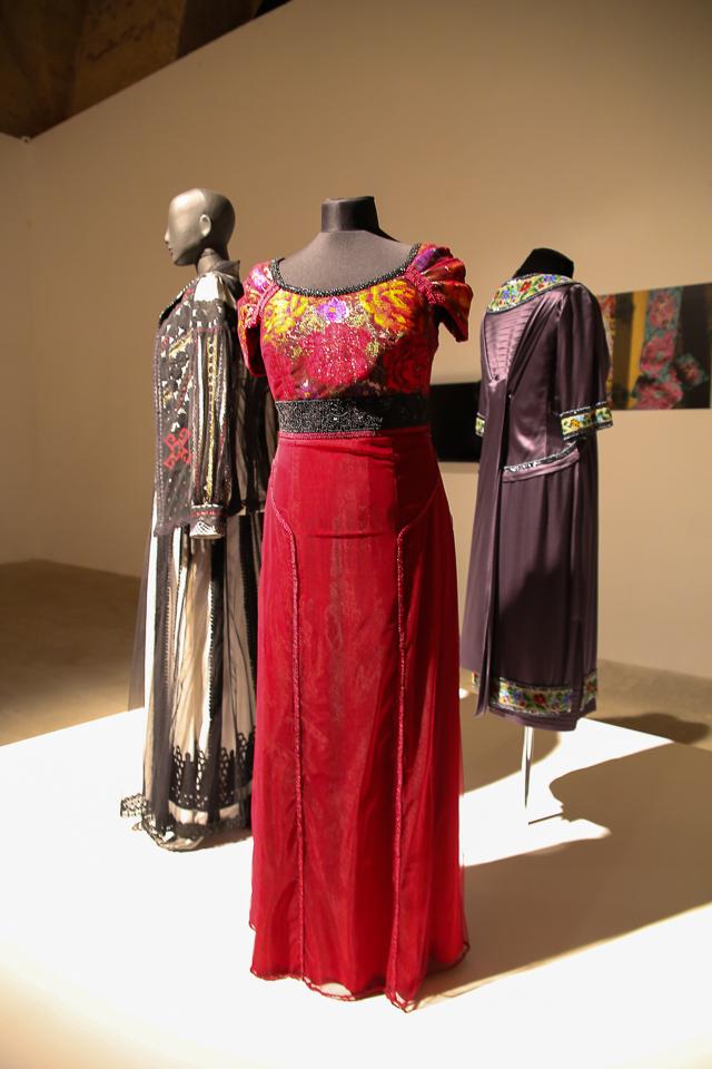 Украинский гламур: платья Билык, сверкающая Полякова и костюм Камалии из крокодила