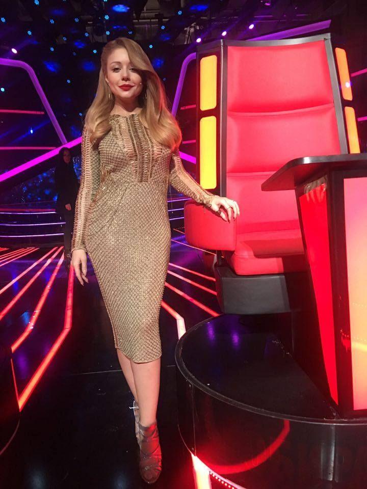Тина Кароль рассказала, сколько килограммов весят ее платья
