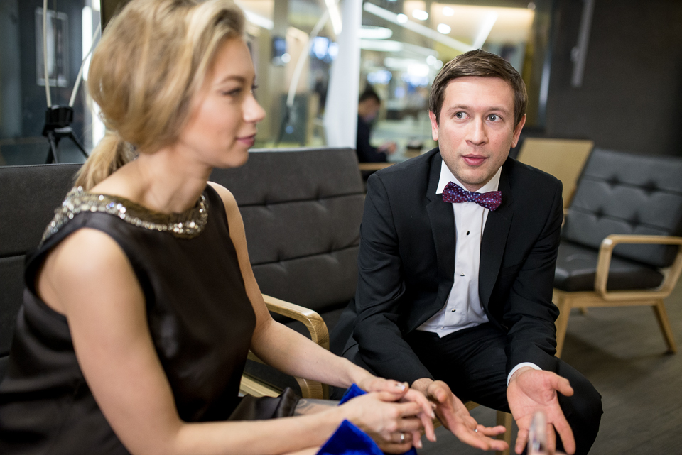 «Мы получаем копейки»: Дмитрий Ступка и Полина Логунова рассказали о семье и карьере