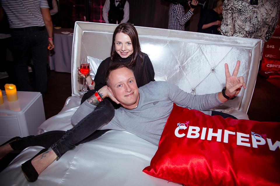 Даша Астафьева, Оля Полякова и Алексей Вертинский на презентации комедии «Свингеры»
