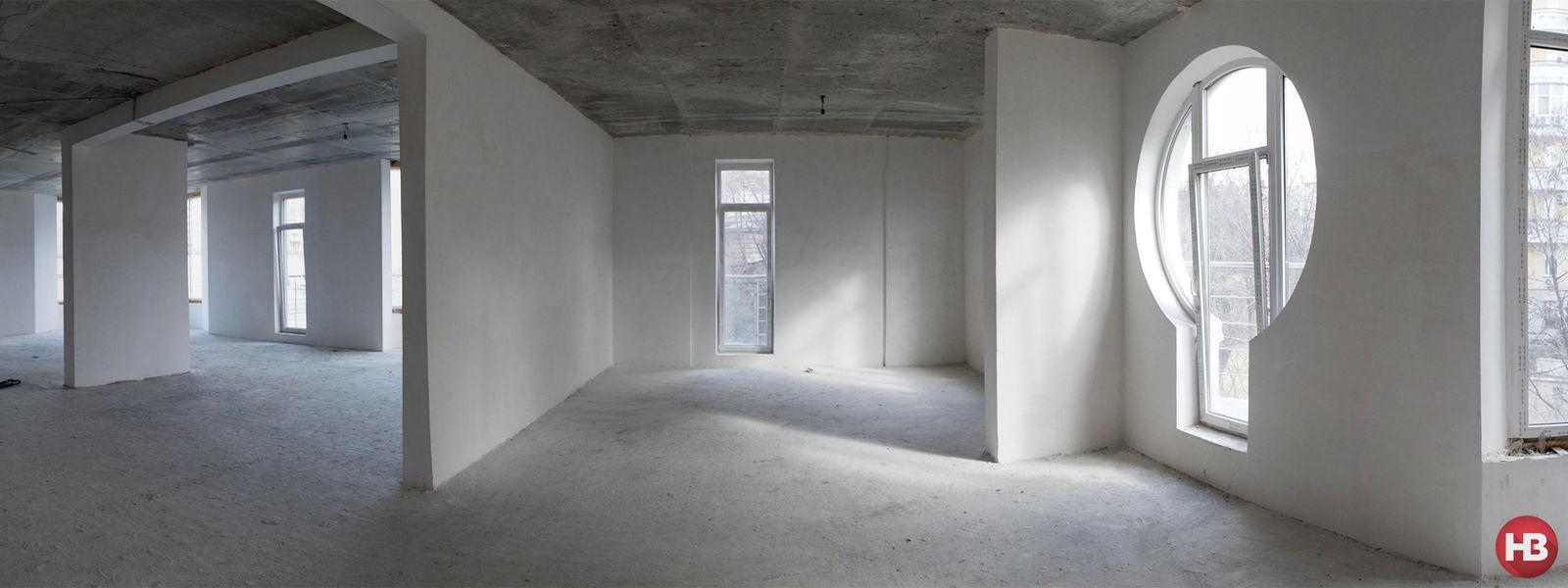 Зашел в чужую квартиру и увидел голую