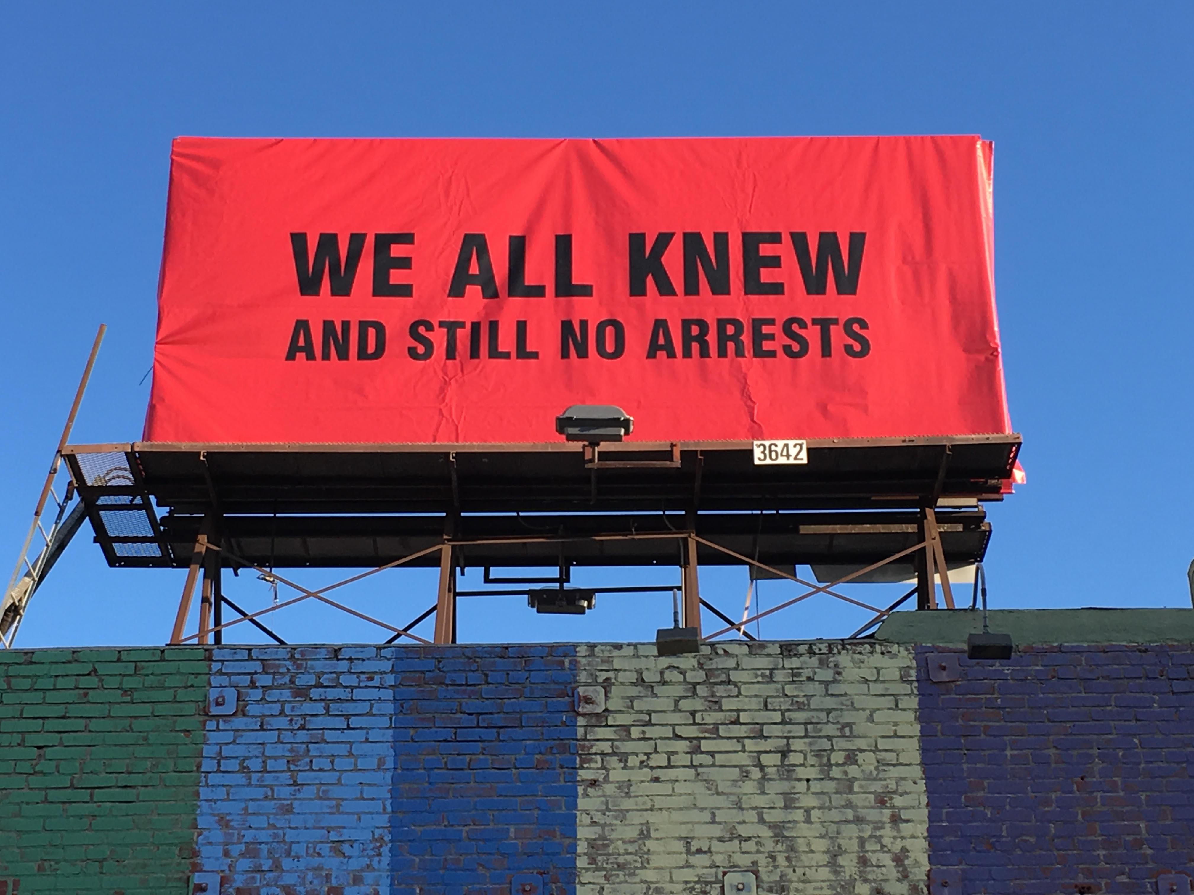 В Голливуде накануне «Оскара» появились провокационные билборды