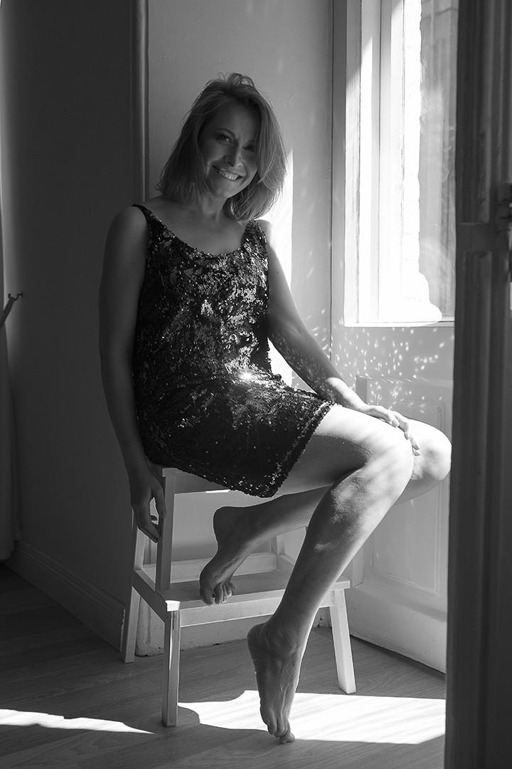 В новій фотосесії Олена Кравець показала свою природну красу