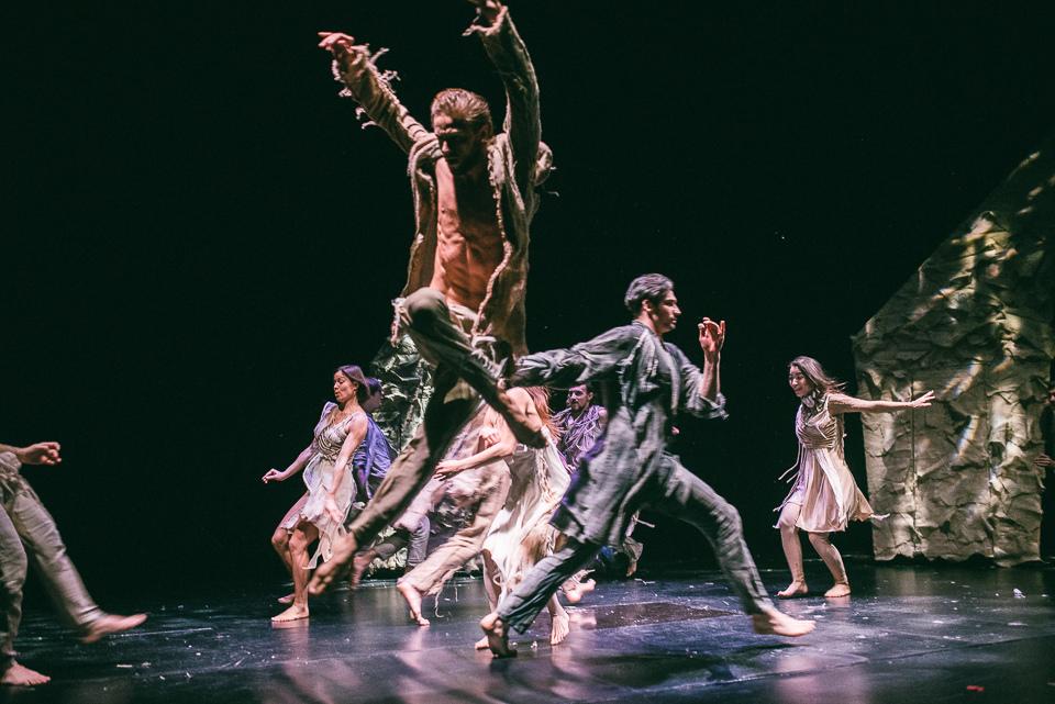 Спектакль «Коридор»: как герои полюбили друг друга на сцене и в жизни