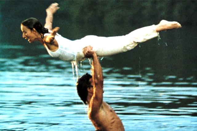 Почти получилось: Дейенерис Таргариен и Кхал Дрого попытались изобразить сцену из «Грязных танцев»